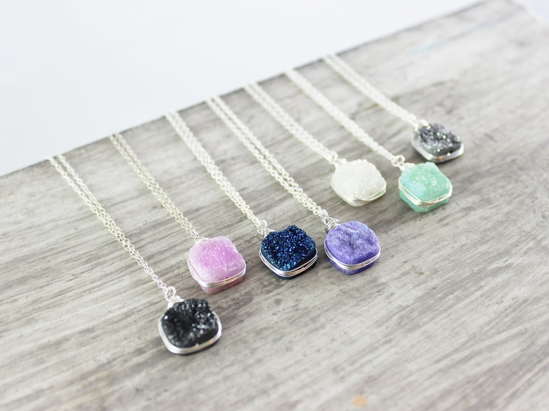 colorful druzy necklaces | https://emmalinebride.com/bridesmaid/colorful-druzy-necklaces/