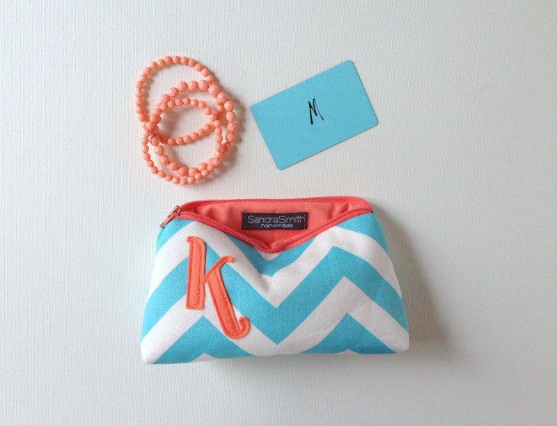 coral and aqua makeup case | Bridesmaid Makeup Cases http://emmalinebride.com/gifts/bridesmaid-makeup-cases/