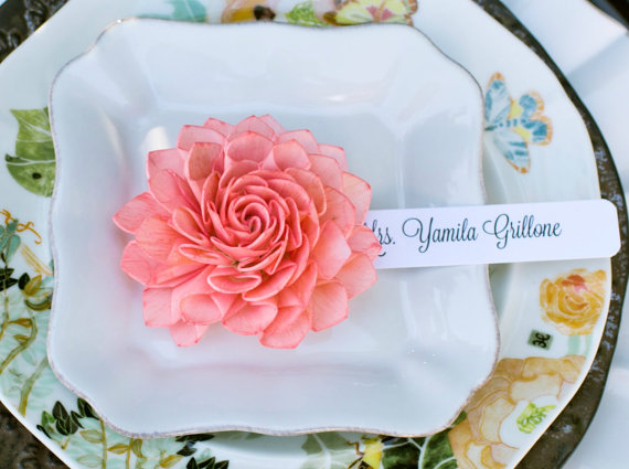 coral-wooden-flower-place-cards