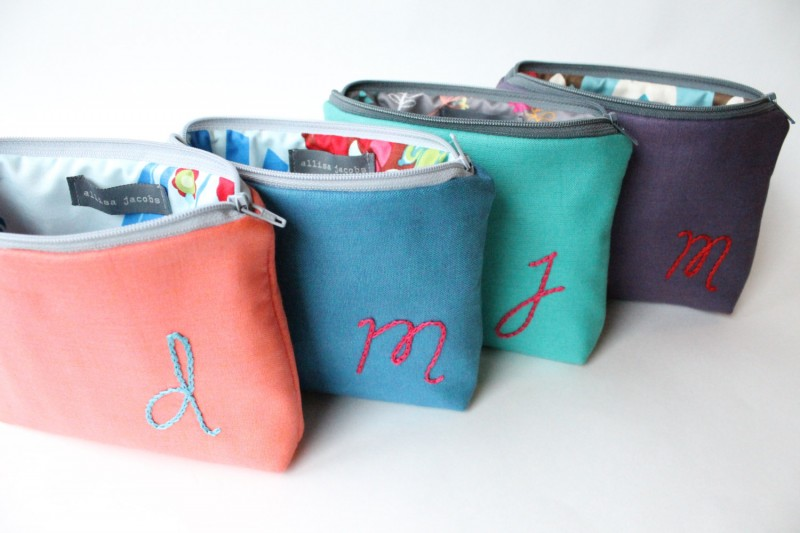 cosmetic bags   bachelorette spa party http://emmalinebride.com/bachelorette/spa-party/