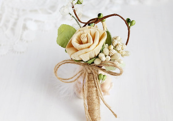 country boutonniere with rustic dried cream rose | via What Kind of Boutonniere to Pick (and Why) http://emmalinebride.com/groom/what-kind-of-boutonniere/