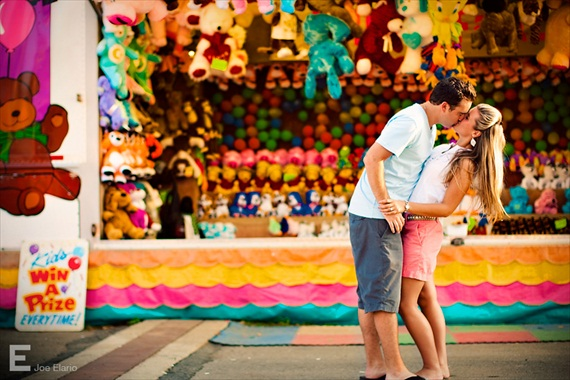 couple-engagement-carnival