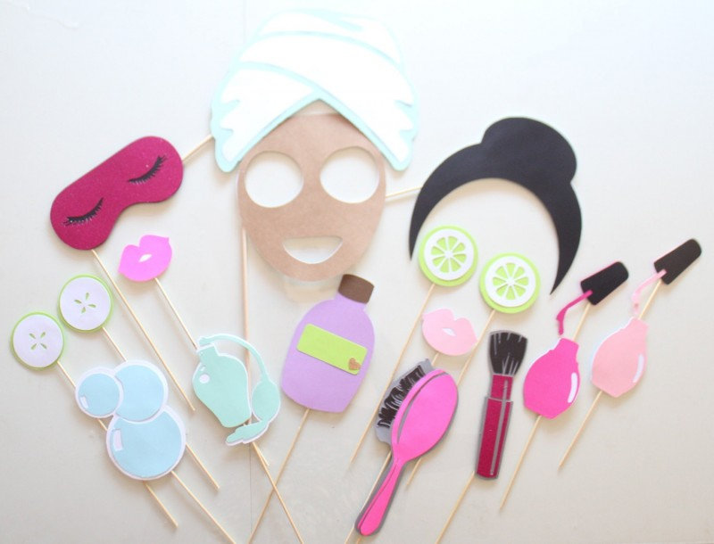 cute spa day bachelorette party photo props   bachelorette spa party http://emmalinebride.com/bachelorette/spa-party/