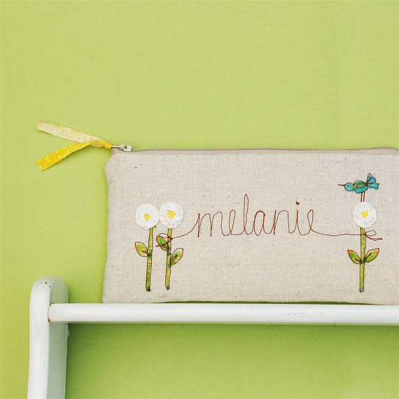 daisy bridesmaid clutch by mama bleu designs | daisy ideas theme weddings