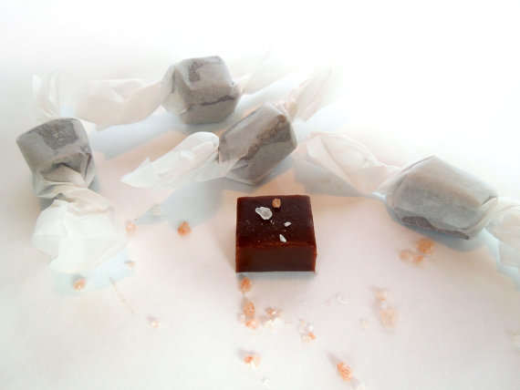 fall wedding favor ideas - chocolate salted caramels (by la petite occasion)