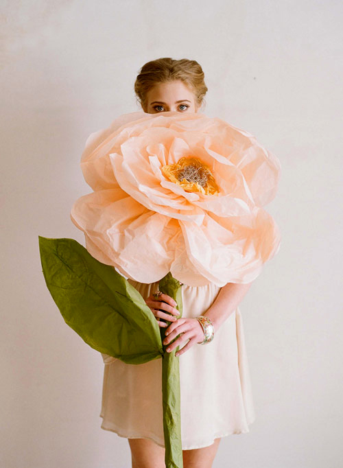 diy giant paper flower