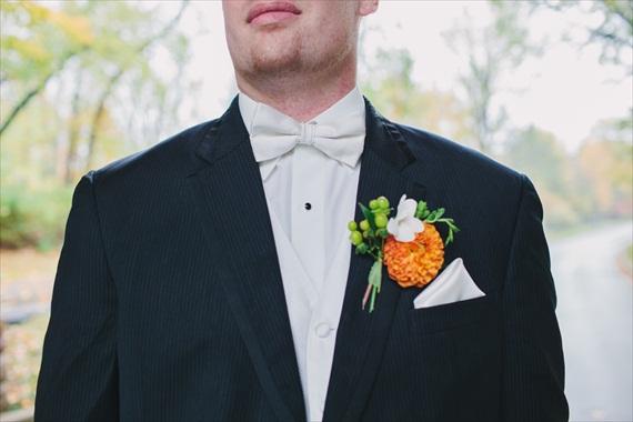 DIY Fall Wedding - Photo by Noelle Ann Photography - #orange #boutonniere #groom #fall #wedding