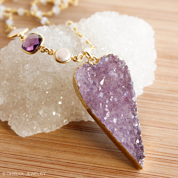 20 Valentines Day Gift Ideas - druzy heart necklace