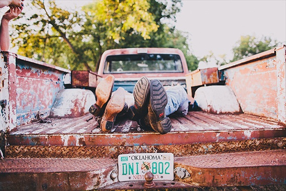 20 Best Engagement Photo Ideas: The Pickup Truck (by Justin Battenfield)