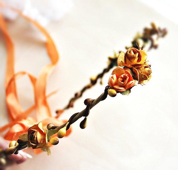 Fall Wedding Trends - fall wedding hair crown - fall wedding ideas on a budget
