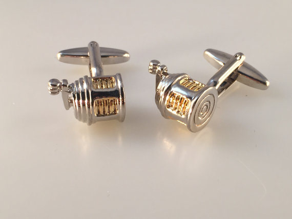 fishing reel | Custom Cufflinks Groomsmen Gifts | via EmmalineBride.com