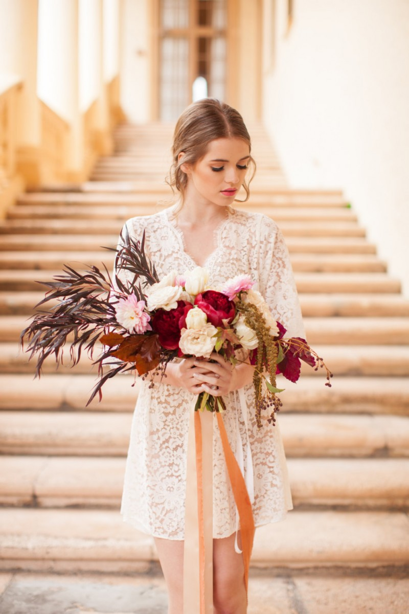 floral lace robe | https://emmalinebride.com/vintage/floral-lace-wedding/