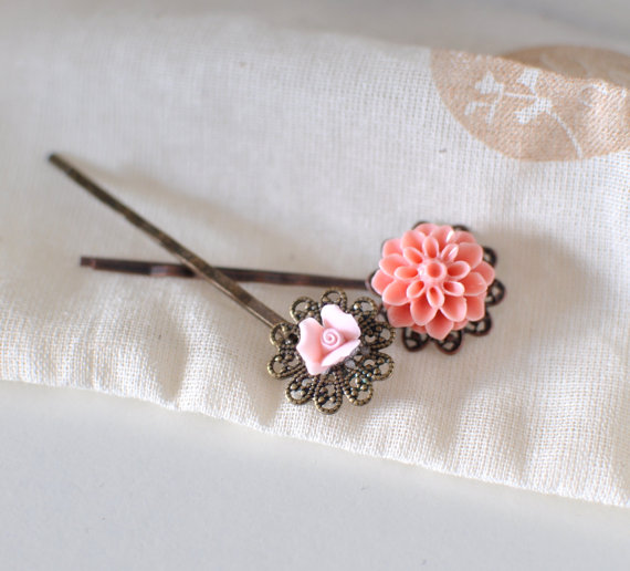 Flower Girl Hair Pins (by KimArt) - What Does a Flower Girl Do? via EmmalineBride.com