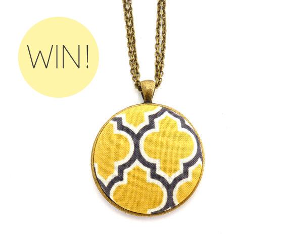 geometric-necklace-yellow-grey