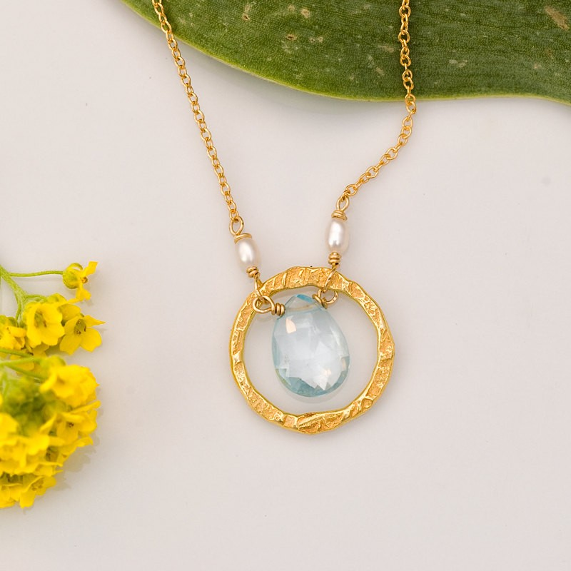gold birthstone necklace | birthstone jewelry gifts | https://emmalinebride.com/gifts/birthstone-jewelry-gifts/