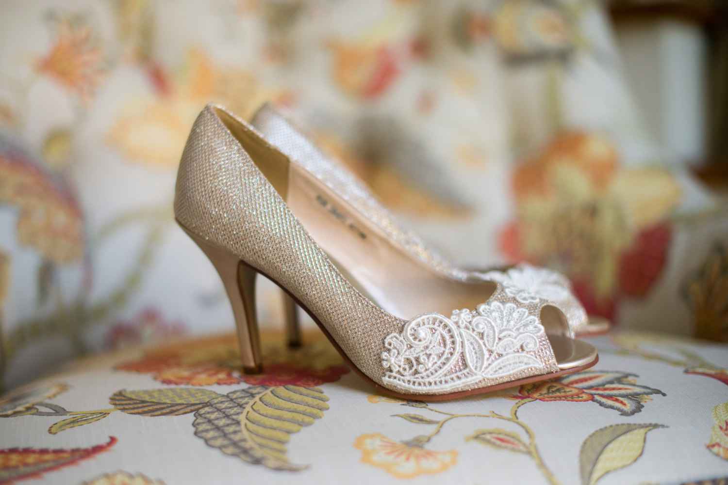 gold champagne silver wedding heels with lace - 9 Romantically Vintage Wedding Accessory Ideas
