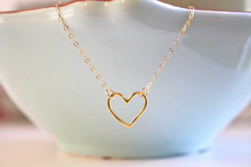 gold heart necklace | Jewelry for Spring Weddings by Ava Hope Designs | via https://emmalinebride.com/jewelry/jewelry-for-spring-weddings/