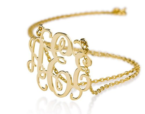 gold monogram necklace | monogrammed bridesmaid gifts