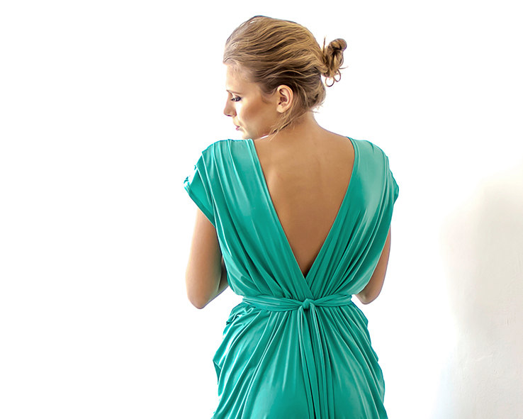 Green Bridesmaid Maxi Dress | via Bridesmaid Maxi Dresses https://emmalinebride.com/bridesmaids/bridesmaid-maxi-dresses/