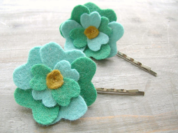 green flower girl hair pins