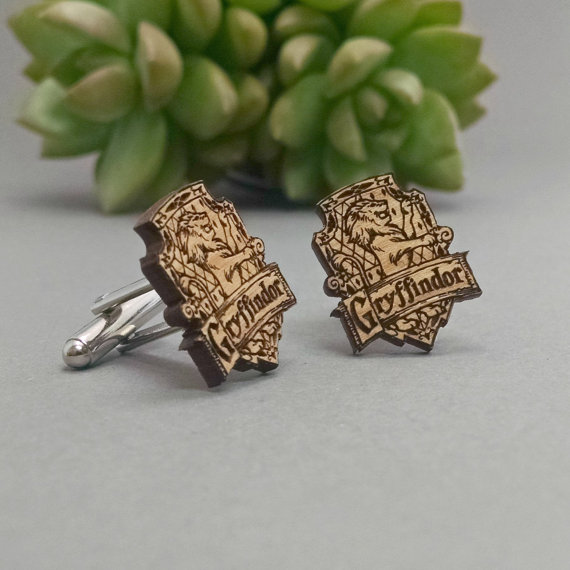 harry potter Gryffindor | Custom Cufflinks Groomsmen Gifts | via EmmalineBride.com