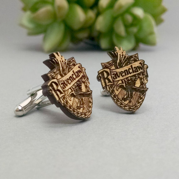 harry potter Ravenclaw | Custom Cufflinks Groomsmen Gifts | via EmmalineBride.com
