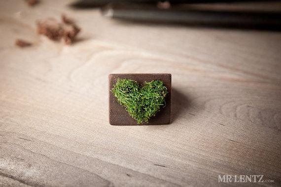 heart moss ring