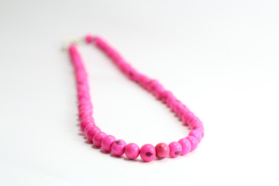 hot pink acai necklace vegan jewelry eco-friendly jewelry for bridesmiads