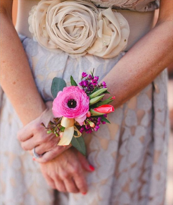 bridesmaid corsage instead of bouquet