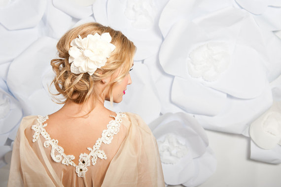 How to Wear a Hair Comb (hair accessory by Tessa Kim, photo by Candice Benjamin)