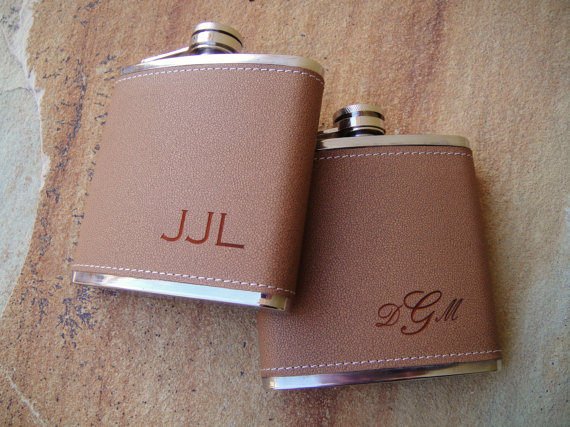 leather groomsmen flasks - Best Groomsmen Gifts