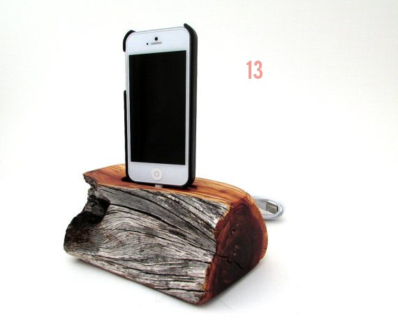 iphone-dock-manzanita-wood-dock-artisan