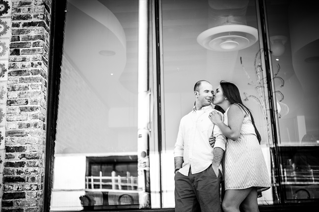 she kisses him at their Fun Austin Engagement Session | Photographer: Adrianne Riley Photography | via https://emmalinebride.com/real-weddings/fun-austin-engagement-session-priscella-jerry/