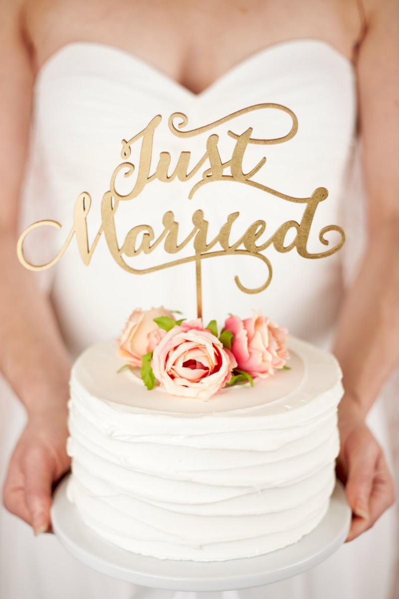 just married cake topper | statement cake toppers via http://emmalinebride.com/decor/statement-cake-toppers/