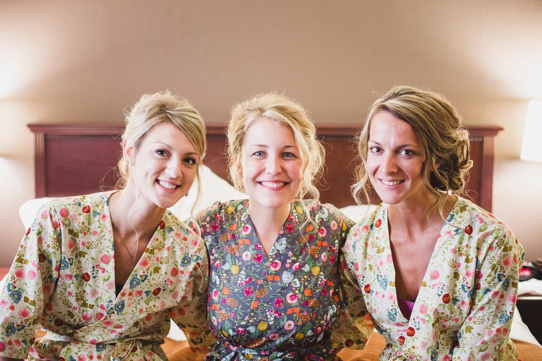 kimono-style-bridesmaid-robes