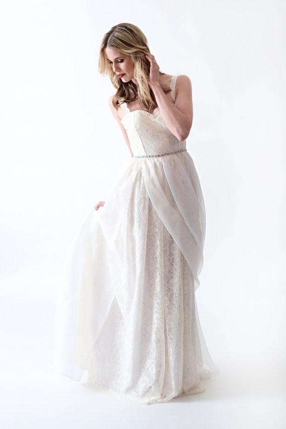 lace dress with gathered waist