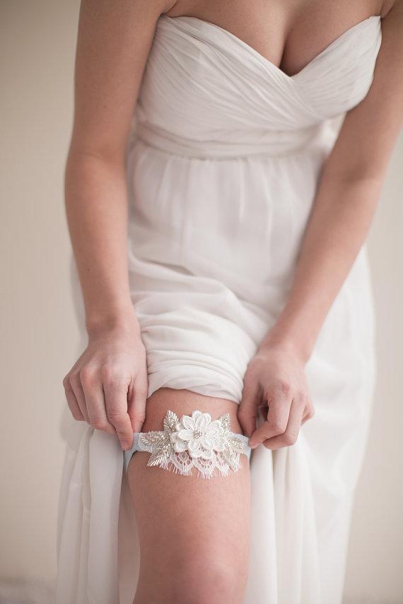 Wedding Garters (by Melinda Rose Design)