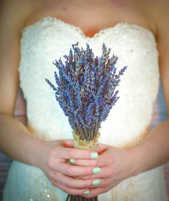 lavender bouquet wrapped in burlap | 35 Easily Beautiful Ways to Use Burlap for Weddings https://emmalinebride.com/rustic/ways-use-burlap-weddings/