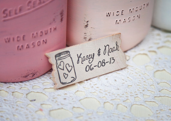 8 Fresh Rustic Wedding Decor Ideas - mason jar magnet favors (by PNZ Designs, photo: Melania Marta Photography)