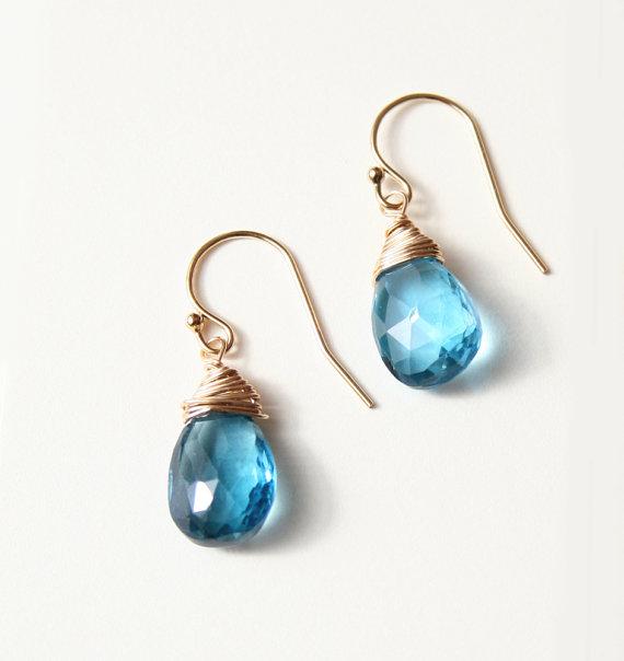 matching earrings | via 10 NEW Something Blue Ideas | https://emmalinebride.com/bride/new-something-blue/