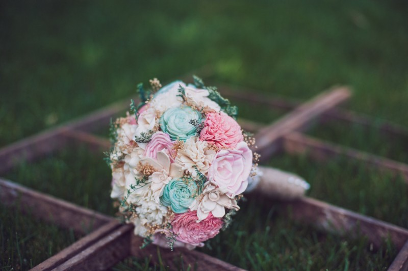 mint and pink bouquet