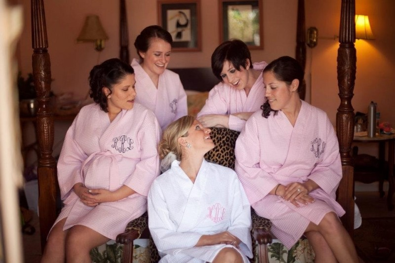 monogram robes via 5 Monogram Gift Ideas for Bridesmaids from EmmalineBride.com