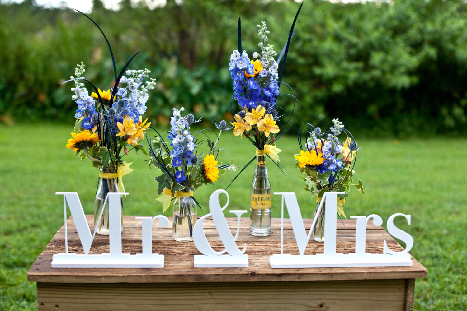 mr and mrs signage | via bride and groom chair signs https://emmalinebride.com/decor/bride-and-groom-chairs/