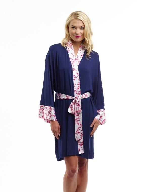 robe for the bride | by doie | via http://emmalinebride.com/2015-giveaway/robe-for-the-bride/