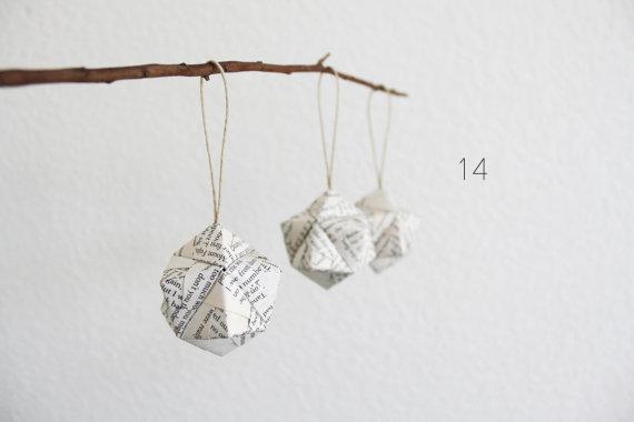 30 Amazing Geometric Wedding Ideas (via emmalinebride.com) - origami by my crazy hands