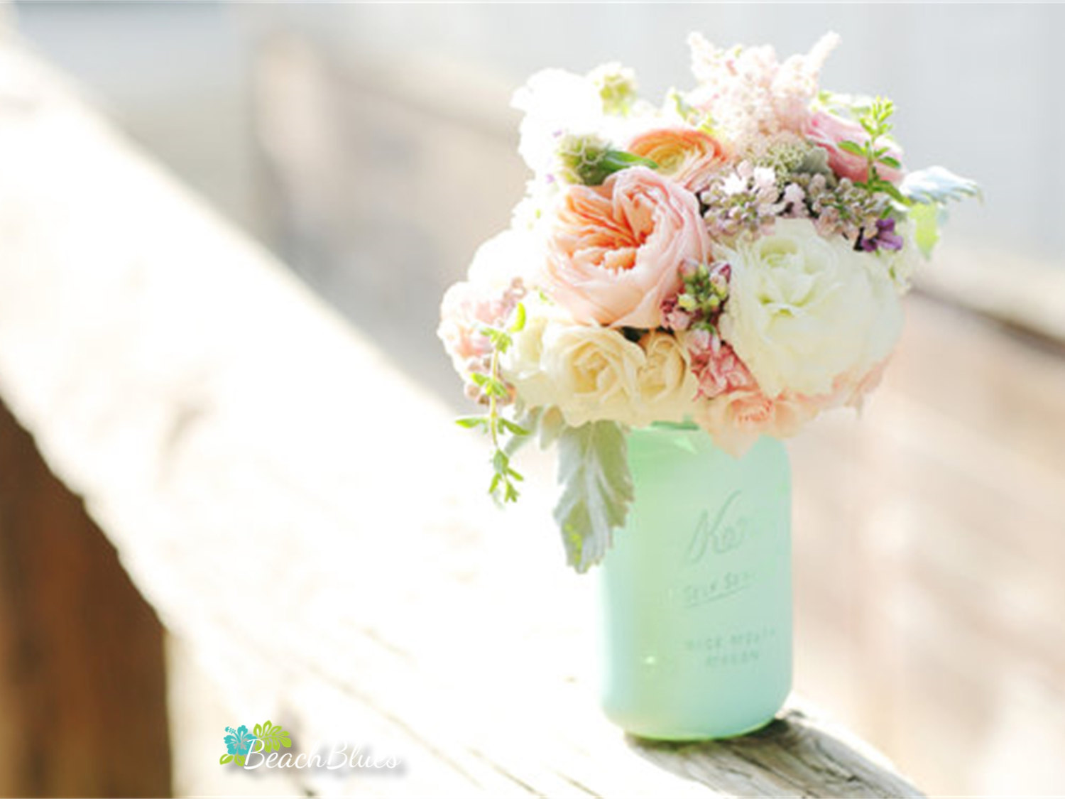 painted mason jar to hold bouquet