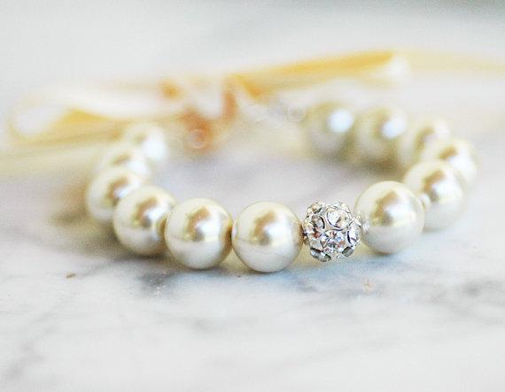 pearl bracelet rhinestone centerpiece ribbon closure