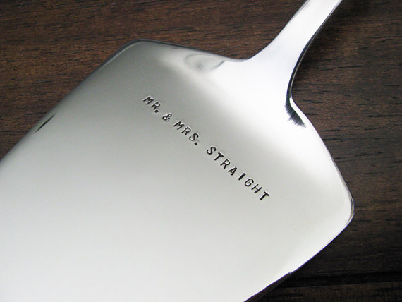 6 Clever Ways to Personalize Your Wedding (personalized cake server: julie the fish designs)