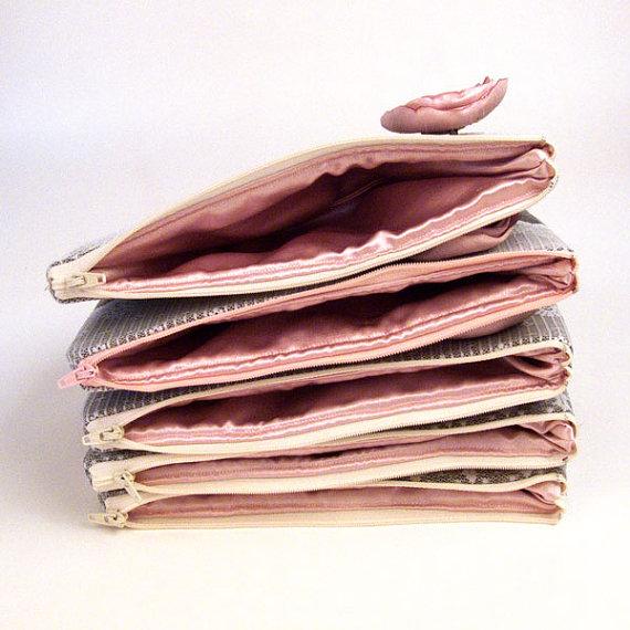 pink-flower-clutch-purses-inside-liner