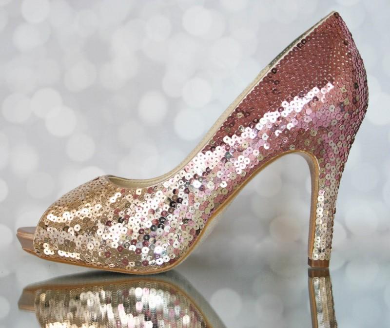 pink ombre sequin heels | via 31 Best Handmade Wedding Shoes https://emmalinebride.com/bride/handmade-wedding-shoes/